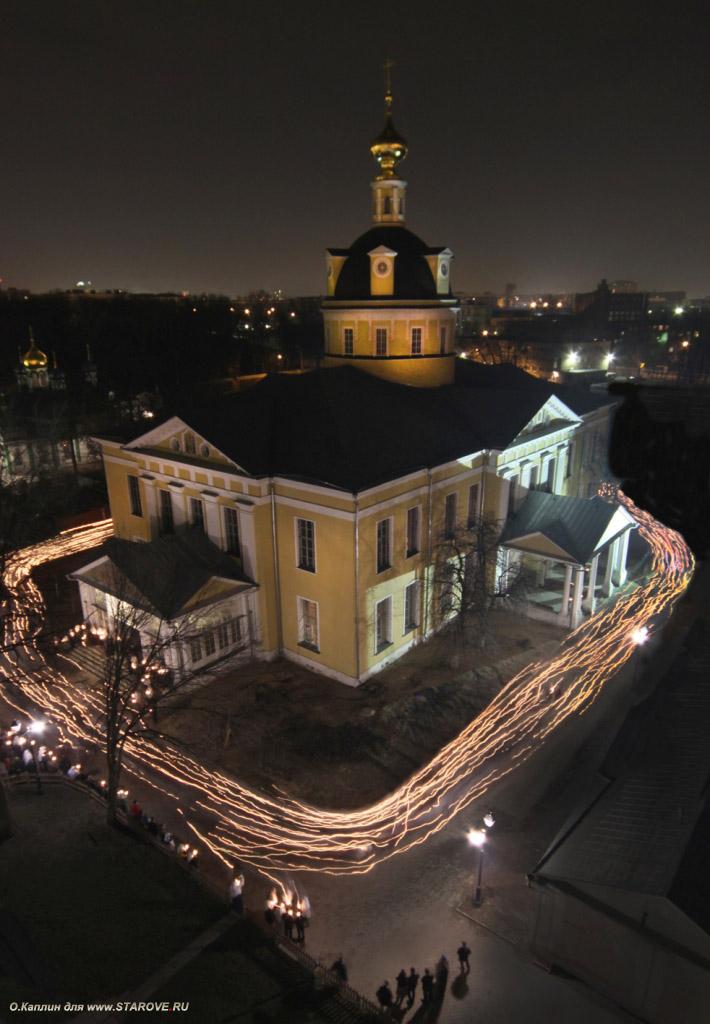 старообрядцы, РПСЦ, Покровский кафедральный собор, ночью, Рогожское, Рогожская слобода, ночные службы