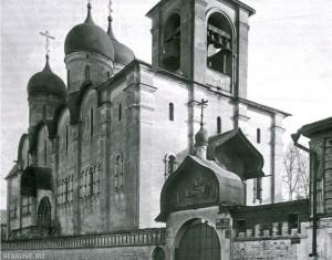 Старообрядческий Успенский собор на Апухтинке на момент закрытия в 1935 году