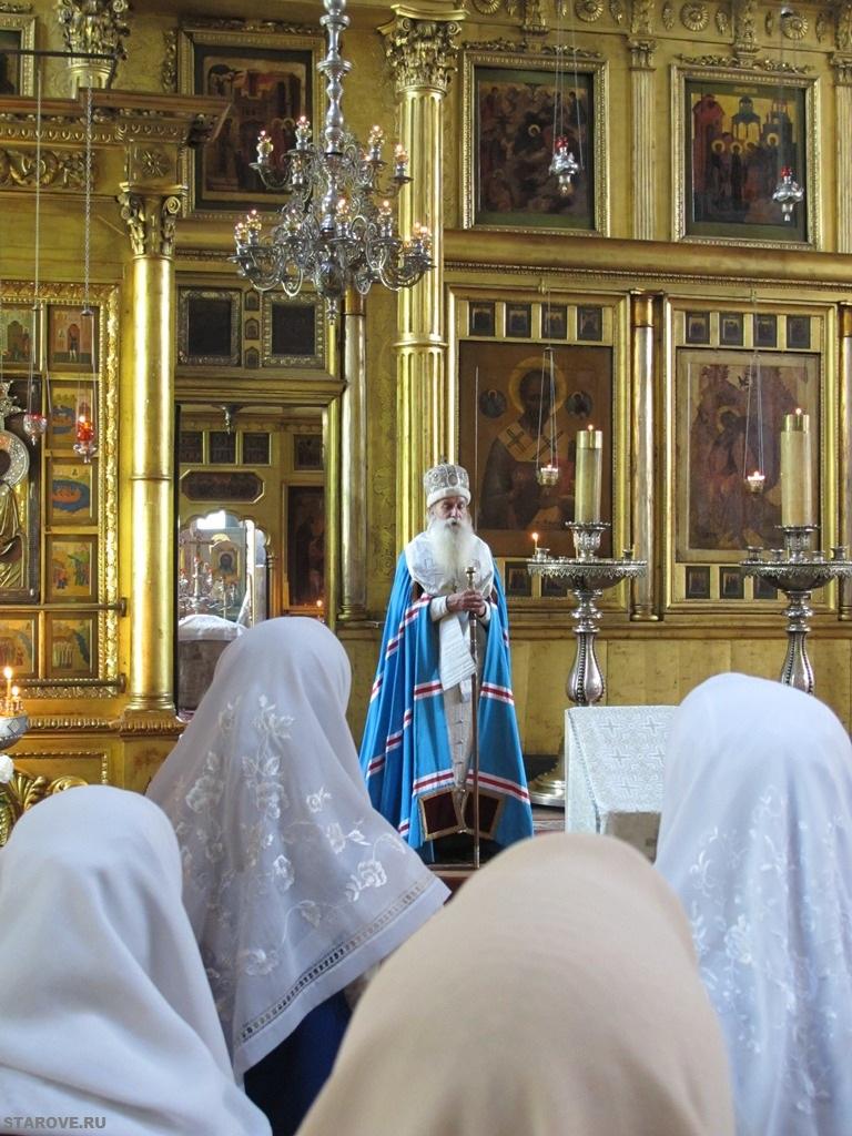 Проповедь Митрополита Корнилия с пожеланием молиться о мире на Земле
