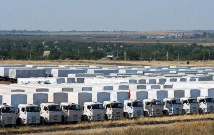 Ukrain-humanitarian-aid-trucks