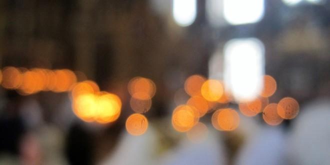 Богоявление, Крещение, святая вода, Рогожское, Рогожская Слобода, прихожанки, раздача воды, старики, старое поколение, Рогожская старообрядческая община, староверы, святыня, вода, храм Рождества Христова, Рогожский поселок, Москва, Старообрядческая Мысль