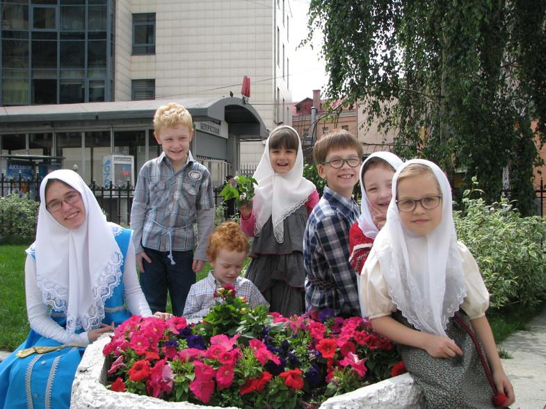"""Троица,Пятидесятница, служба у старообрядцев, Москва """"Белорусская"""""""