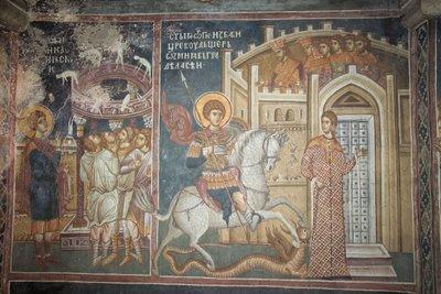 Святой Георгий разрушает идола своими молитвами и спасает принцессу от дракона,фреска из монастыря Высокие Дечаны, Сербия, Косово