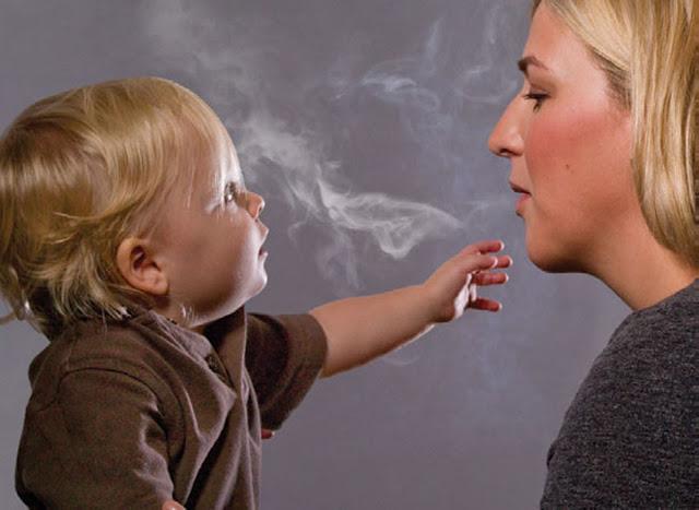 мама с сигаретой
