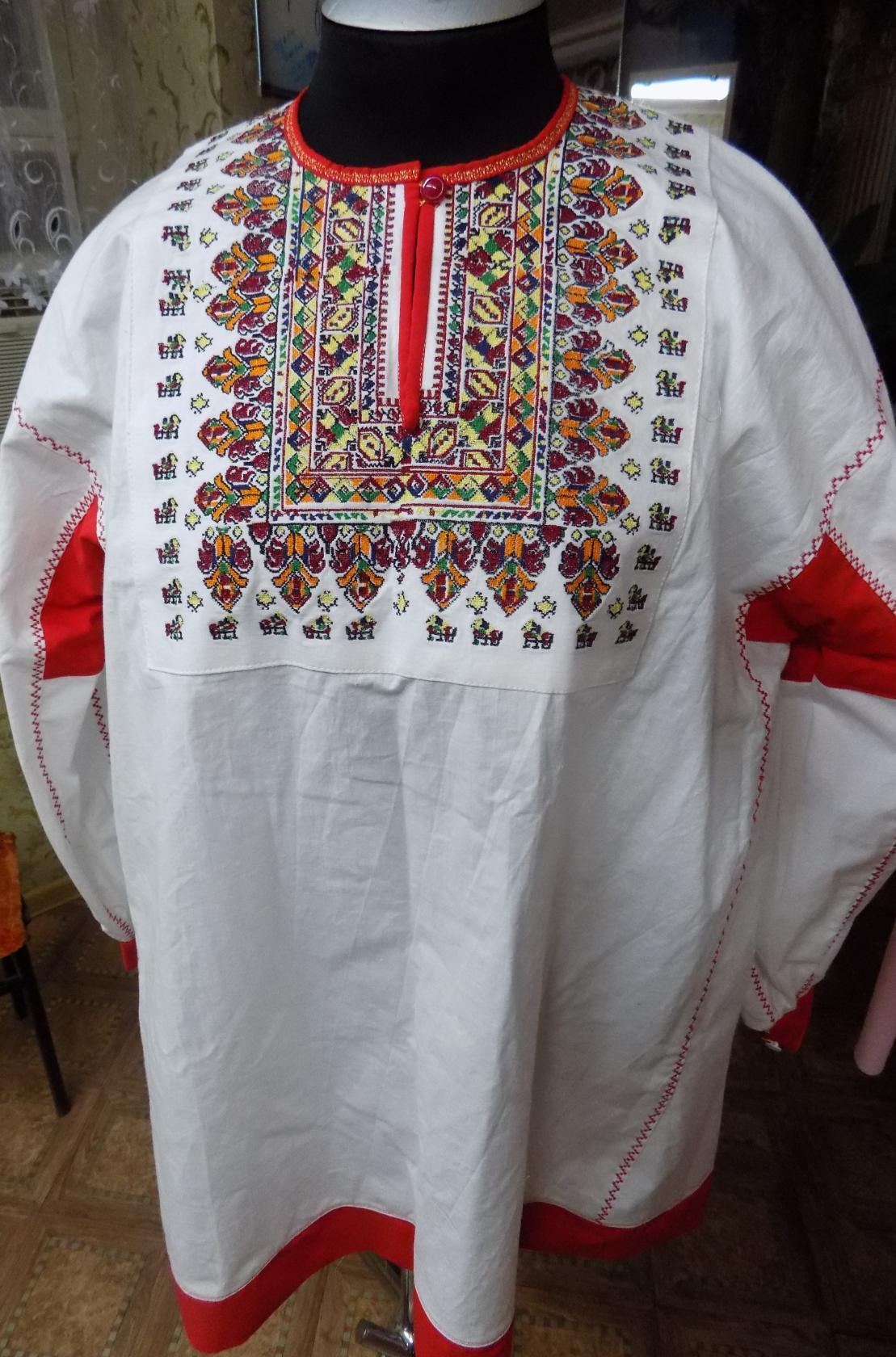 рубаха Казаков-Некрасовцев! Всё выполнено с сохранением традиций, но с применением новых технологий . Рубахи яркие и качественные ! Размеры и цвета вышивки различные!