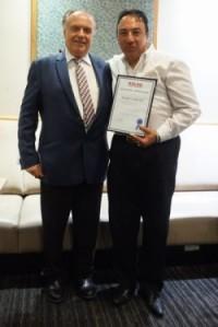 Михаил Овчинников и Марио, один из новых торговых представителей «Келсо».