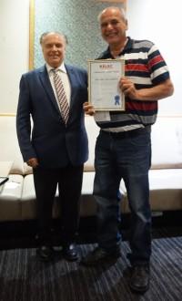 Михаил Овчинников и Фрэнк Каллахан, который работает в «Келсо» еще с 1985 года.