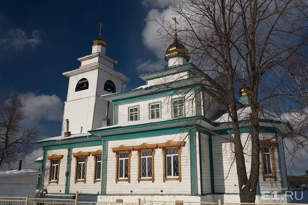 Старинная старообрядческая церковь — единственный храм на Урале, который работал при советской власти